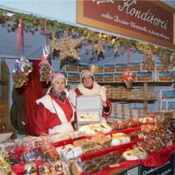Weihnachtsmarkt an der Frauenkirche Dresden
