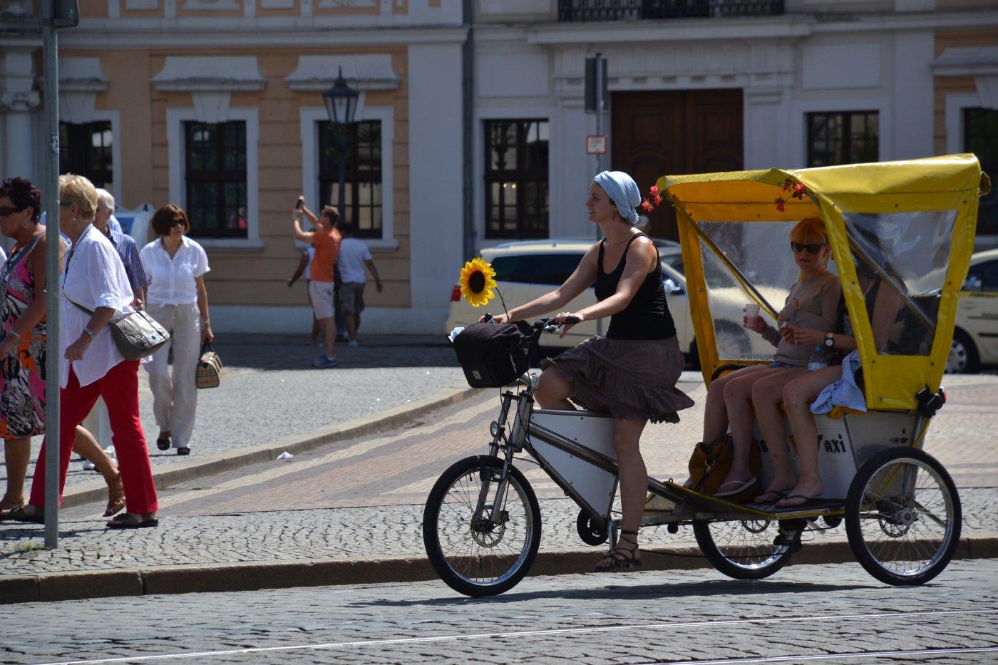 Mini Kühlschrank Dresden : Kulturreise dresden mit ticket staatsoperette compact tours