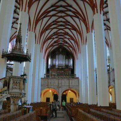 Thomaskirche Leipzig Innen mit Orgel