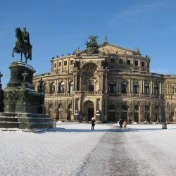 Semperoper Dresden Winter