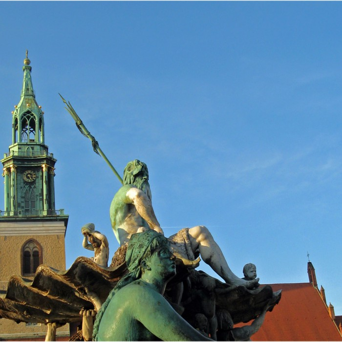 Neptunbrunnen und Marienkirche Berlin