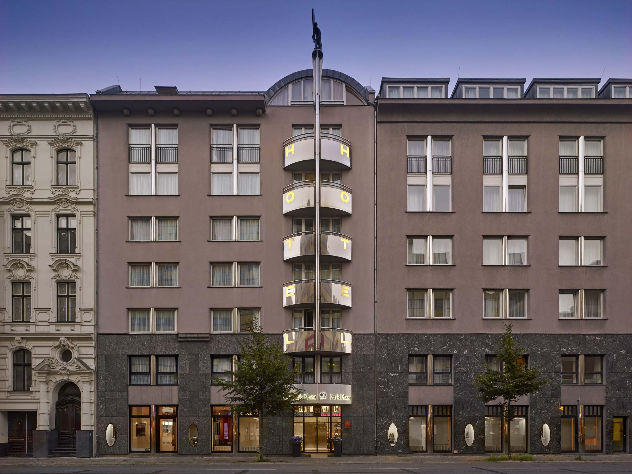 Hotel Park Plaza Kurf 252 Rstendamm Hier G 252 Nstig Online Buchen