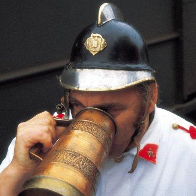 Feuerwehrreise: Feuerwehr löscht Durst