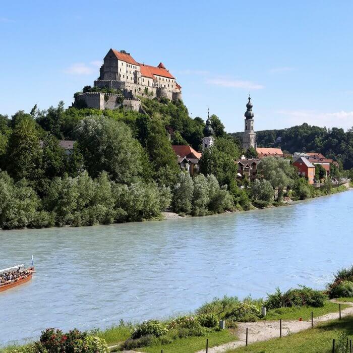 Ein Wochenende mit Golf und Kultur Burg Burghausen