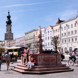 Marienbrunnen-Stadtplatz-Burghausen