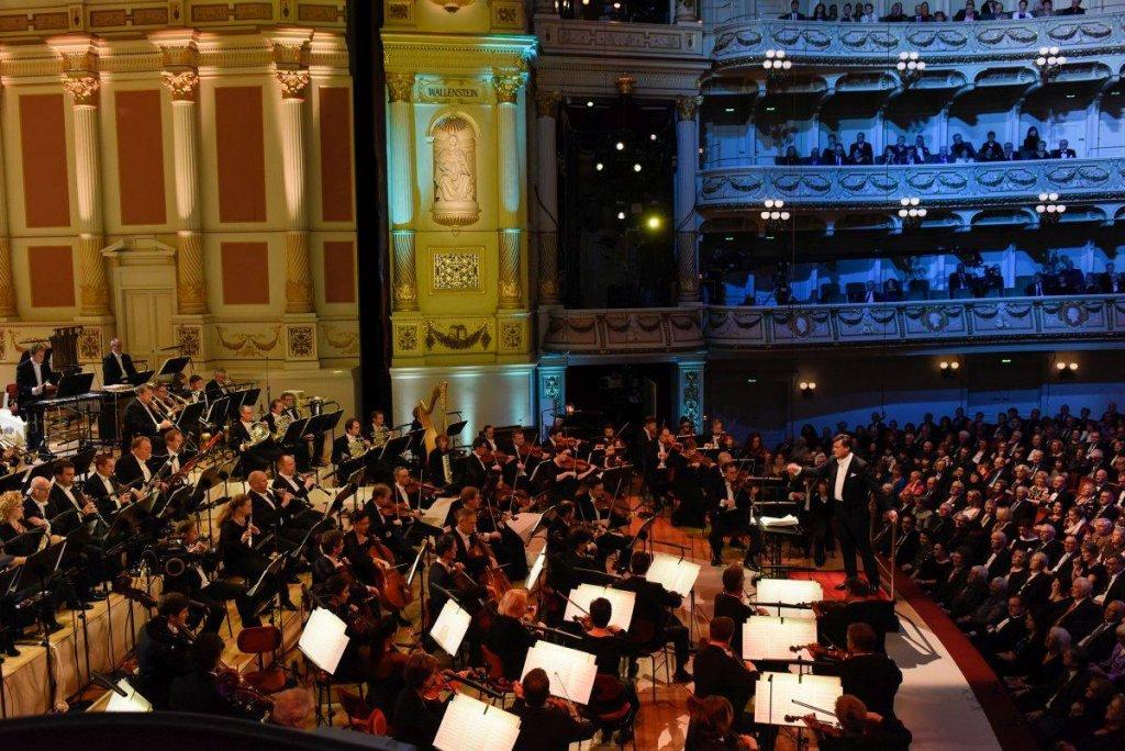 Semperoper 6. Sinfoniekonzert